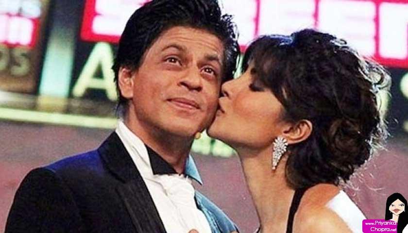 Priyanka Chopra kisses Shah Rukh Khan